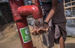 Oxfam water pump in Balukhali Camp