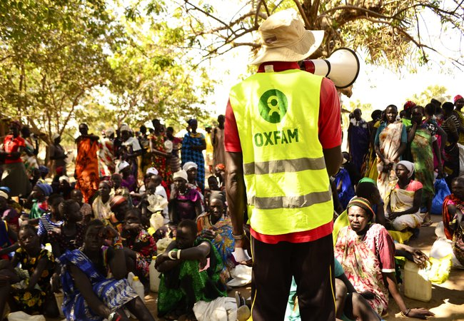 Food distribution in Nyal