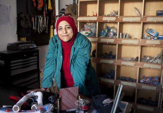 Mariam Tawfeeq Matlaq, plumber